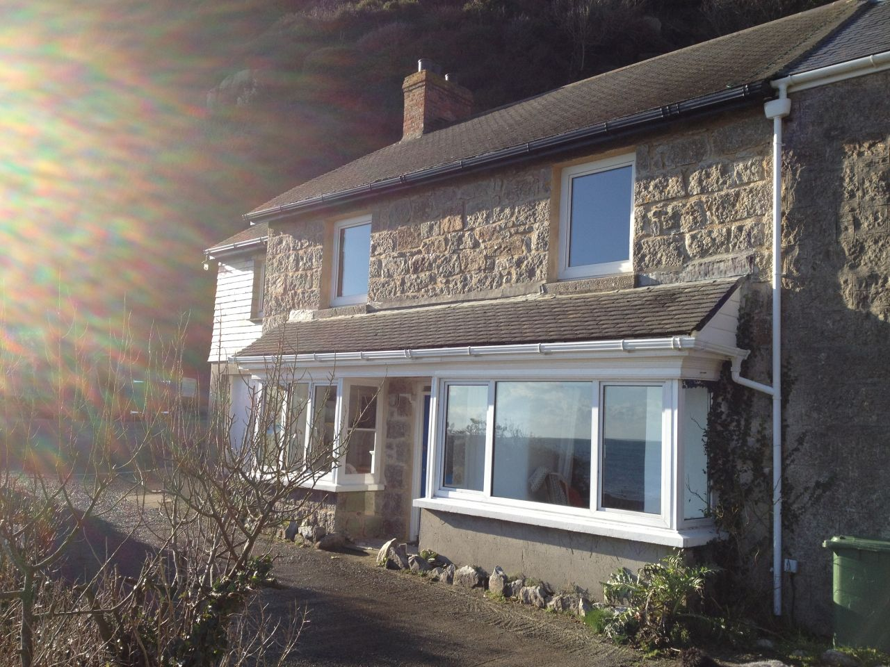 self catering cottage sleeps eight at Lamorna