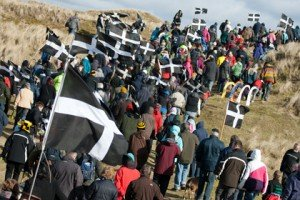 The faithful. The curious. And a few dog walkers (thanks to stpiransday.com)