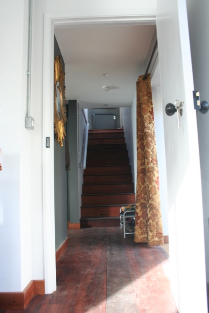 Great width to the stair