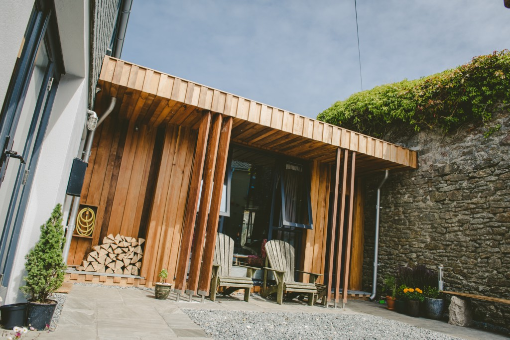 A simple courtyard to temp you in.