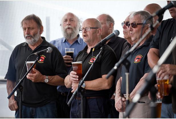 In between - The Cape Singers.